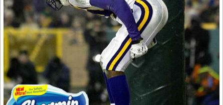 Welcome Back Randy Moss. #ass