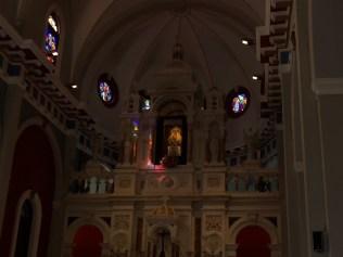 Interior del Santuario del Cobre