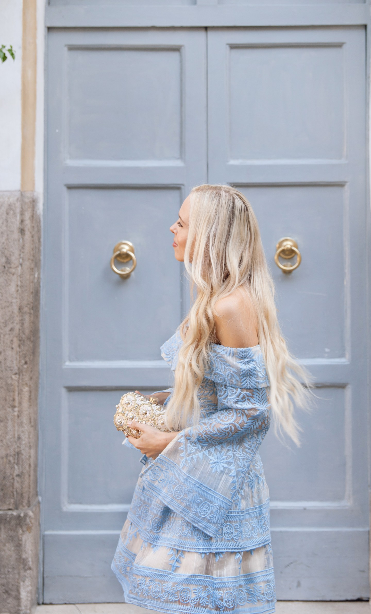 Elliat Lace blue dress in Rome in front of Pantheon