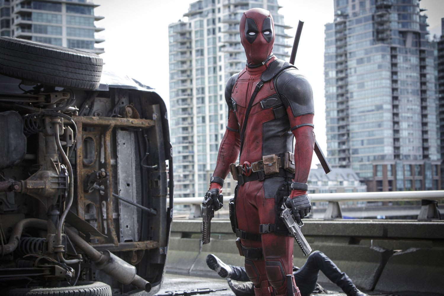 Doble de Ryan Reynolds muere en rodaje de 'Deadpool'