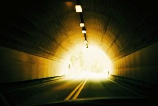 Durch den Tunnel, hinaus ins Licht!
