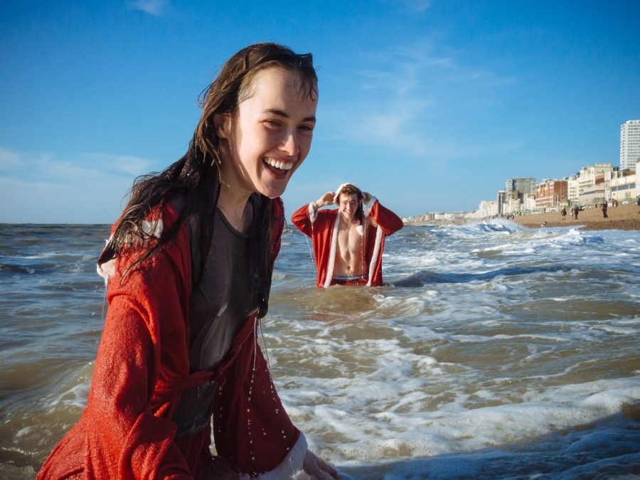 Brighton Christmas day swim 2014