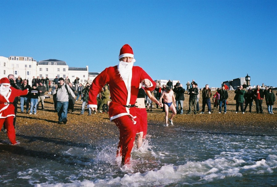 Brighton Christmas day swim 2005