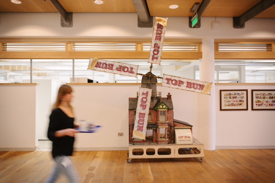 Aardman Animations Wallace and Gromit top bun windmill