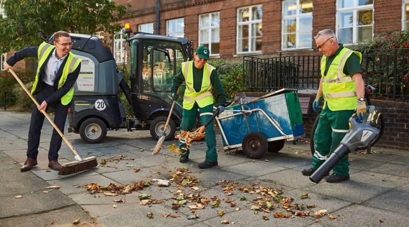 Watford,Mayor,cleaners,men.leaves,sweeping,