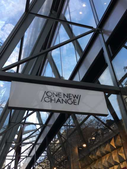 One New Change, shops, architecture, City of London