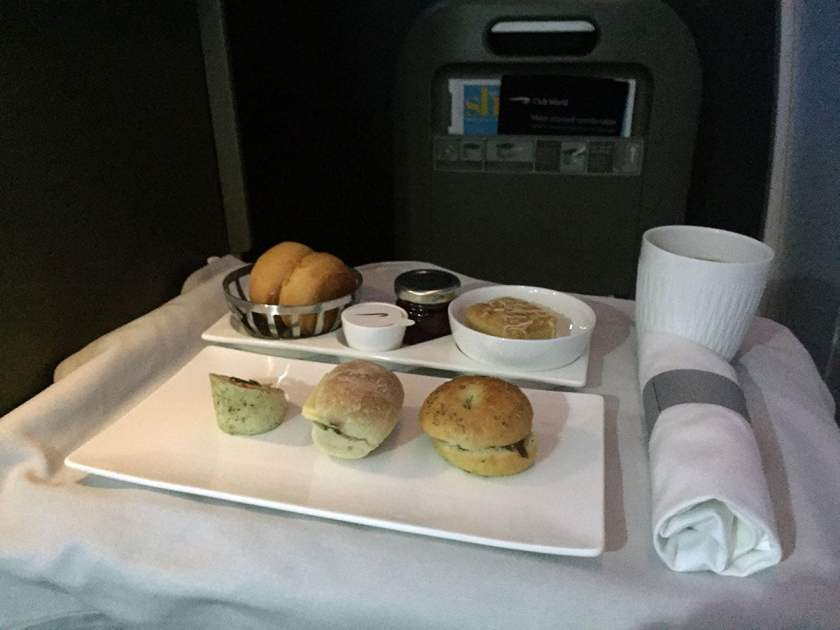 BA Club World Pre-landing snack BA95 London Heathrow - Montreal June 2018