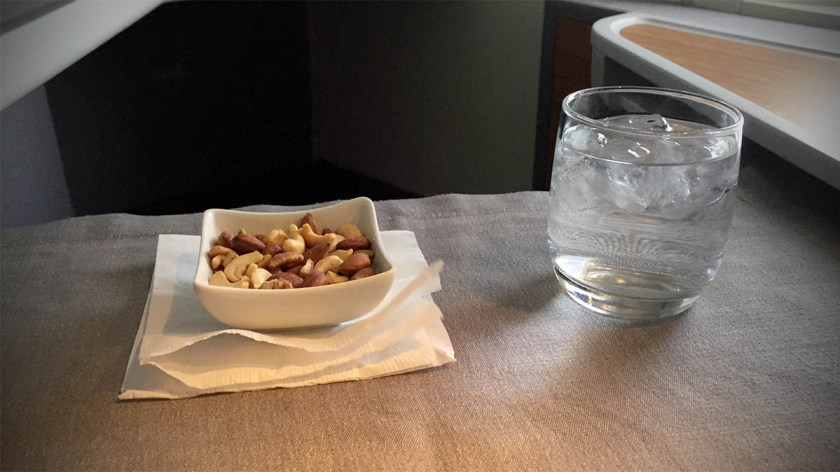 Post take-off nuts, American Airlines London Heathrow - Dallas Fort Worth