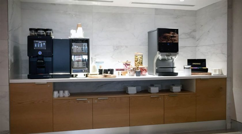 American Airlines Arrivals Lounge, London Heathrow Terminal 3