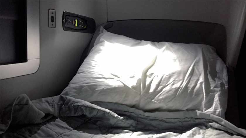 Bedding, British Airways Club World, Boeing 747 Upper Deck