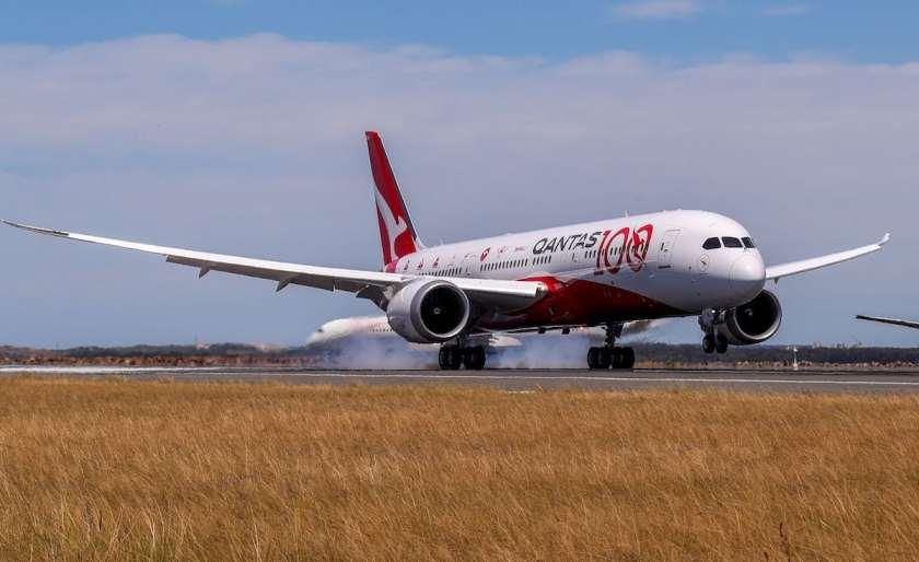 Qantas Boeing 787-9 Aircraft VH-OJA Arrival, Sydney Kingsford Smith Airport, Friday 15 November 2019