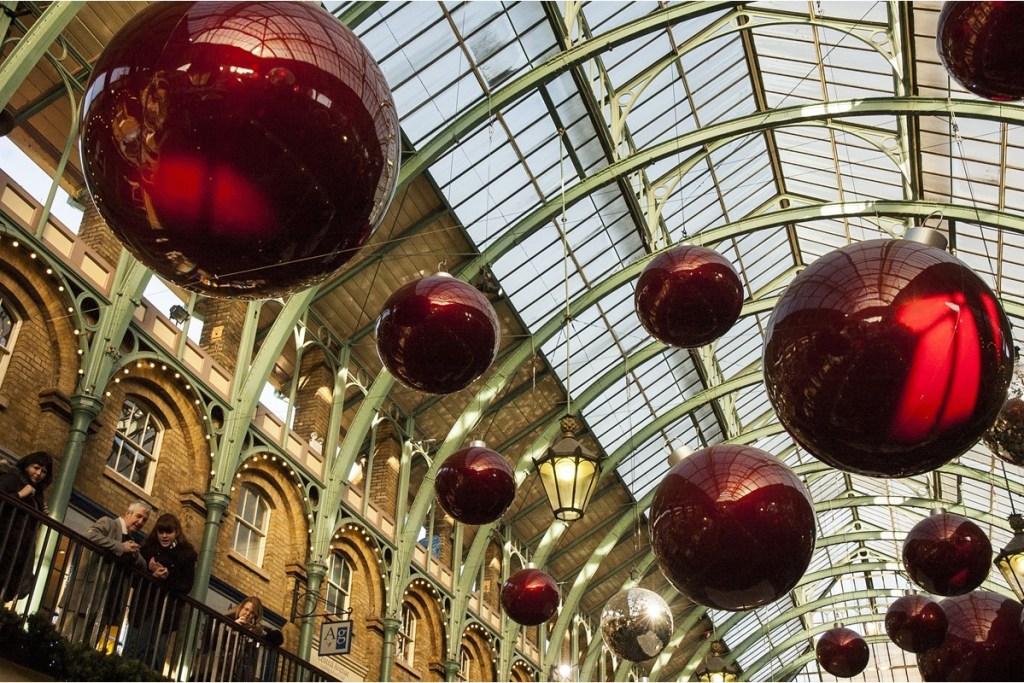 Christmas markets London apple market