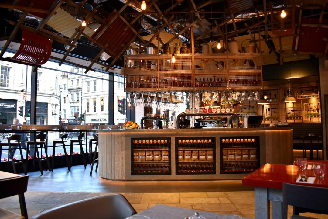 Duck and Waffle Local Bar