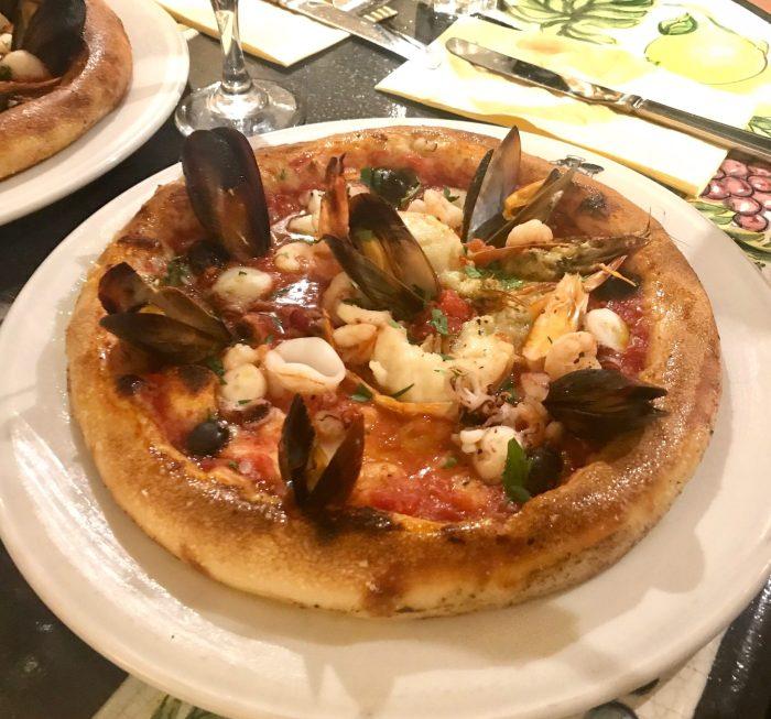 Da Mario 'Frutti di Mare' seafood pizza
