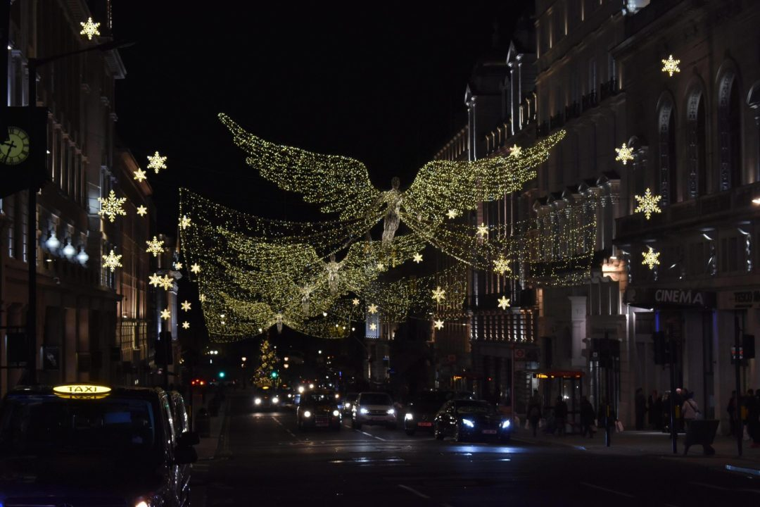 A London Christmas Lights Cycling Tour with Golden Tours