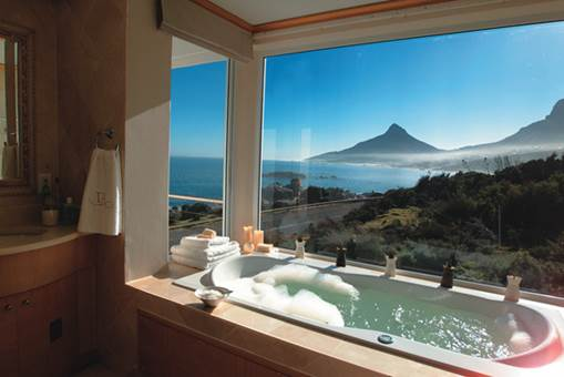7 Amazing Ocean View Bathrooms That Will Have You Packing Your Suitcase - Twelve Apostles, Cape Town
