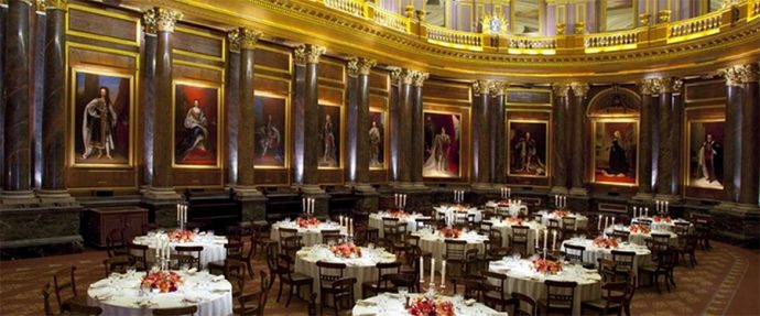 6 Glamorous London Wedding Venues - Drapers Hall London