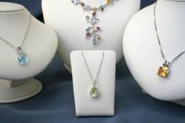 6 Display Tips To Improve Jewellery Store Sales
