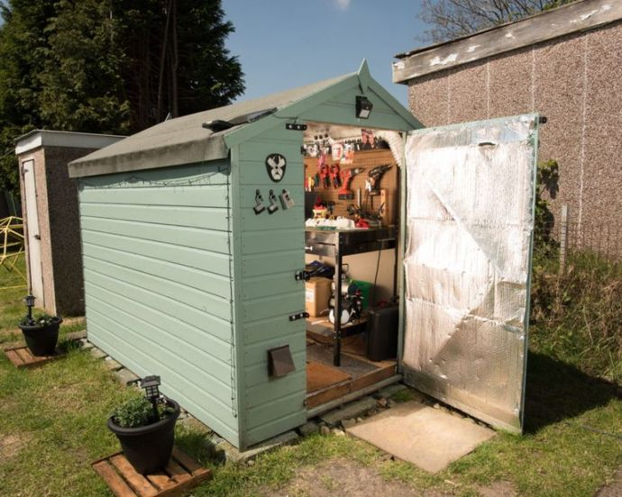 Shed Of The Year 2017 - WORKSHOP & STUDIO WINNER: Team Unlimbited – owned by Stephen Davies in Swansea - Image Via House Beautiful - By Cuprinal