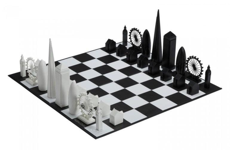 The National Art Gallery London Skyline Chess Set