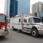 Bomb disposal unit and fire truck