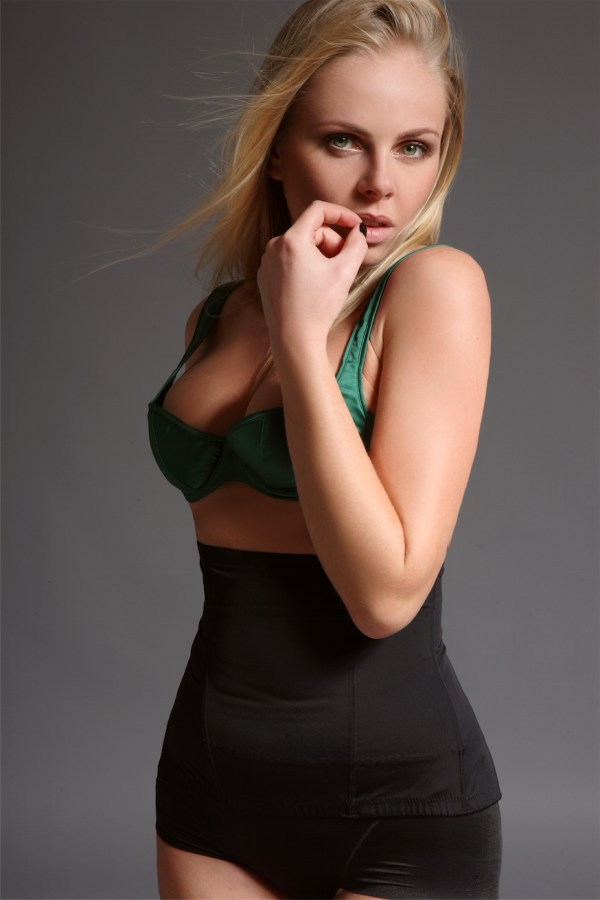 Kirsty Blonde slender Model and Gloucester Road Escort