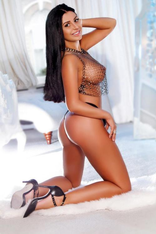 Marylebone London Escort Ally