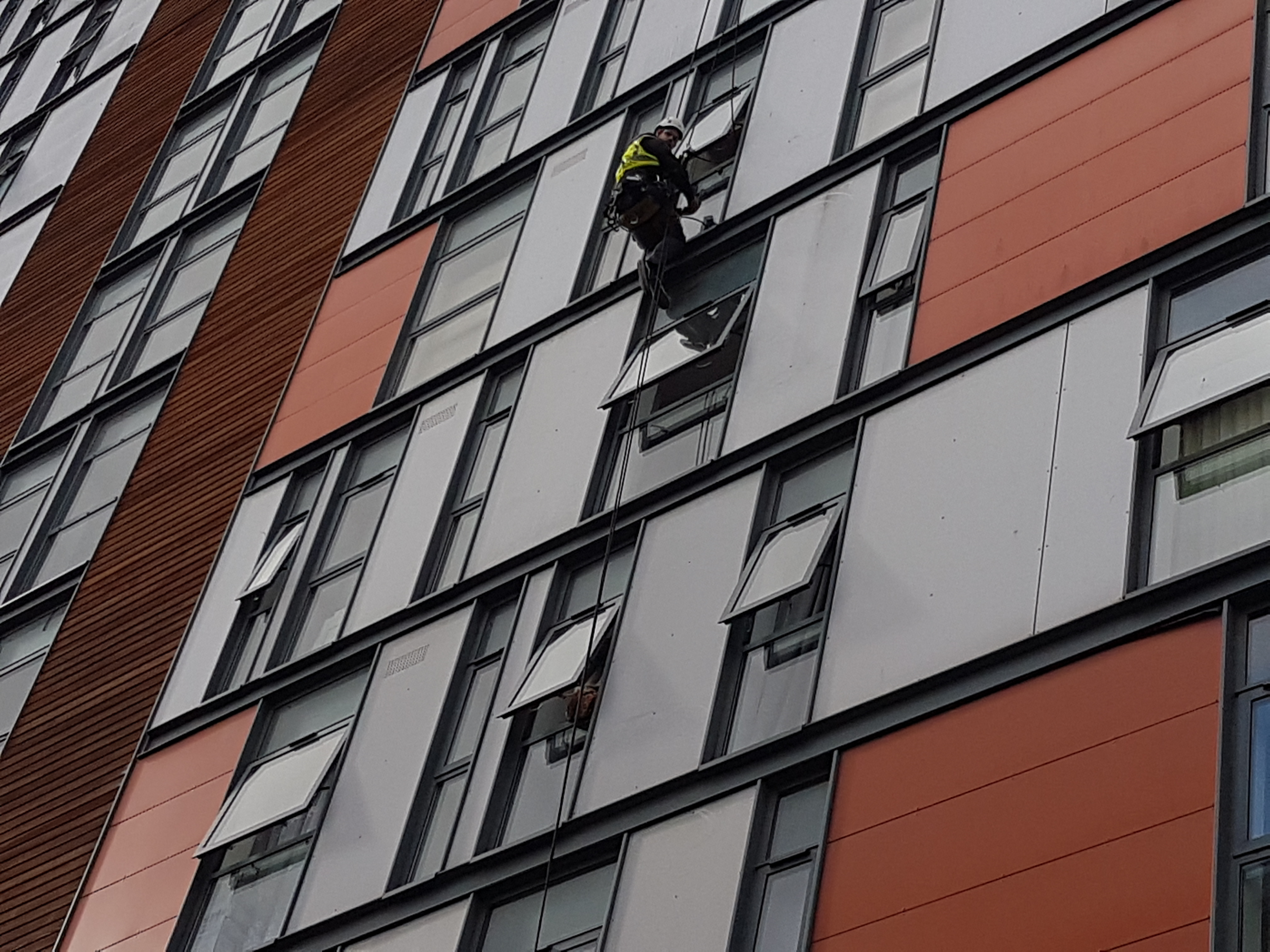 high level residential glazing repairs