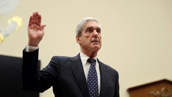 Robert Mueller heads to the stand to be interrogated.