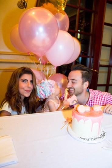 babys-first-birthday-party-checklist-15