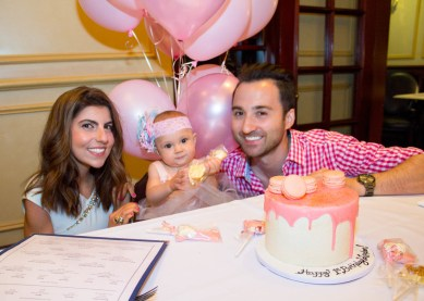 babys-first-birthday-party-checklist-17