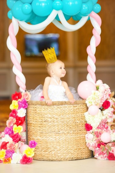baby-girls-first-birthday-photoshoot-35