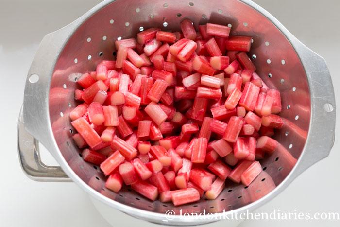 rhubarb cake-135