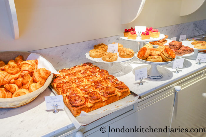 Pastry selection at Claus - La Table du Petit-Déjeuner Paris