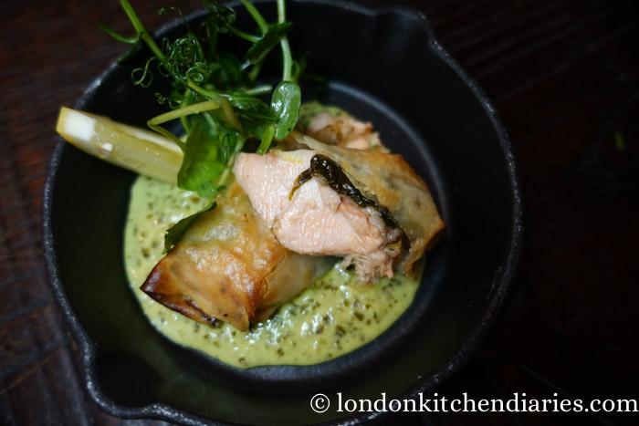 Salmon en Croute with Pea Shoots & Sorrel Sauce