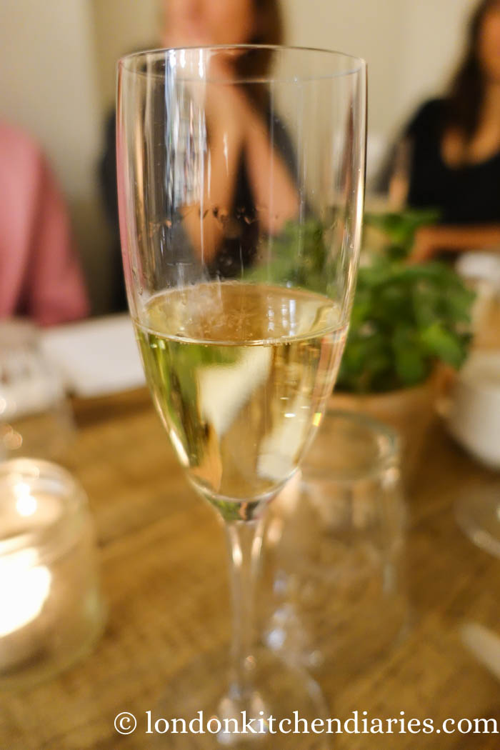 Bees Knees - alcohol free prosecco at Bhuti Richmond