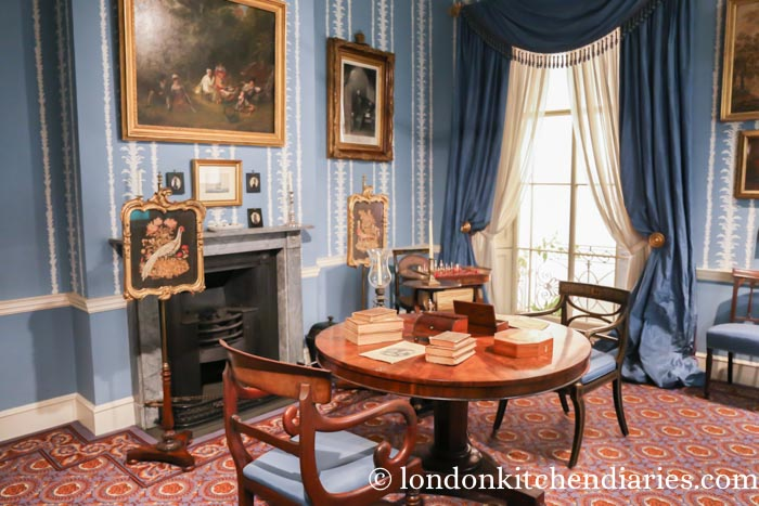 A drawing room in 1830 at the Geffrye Museum in London