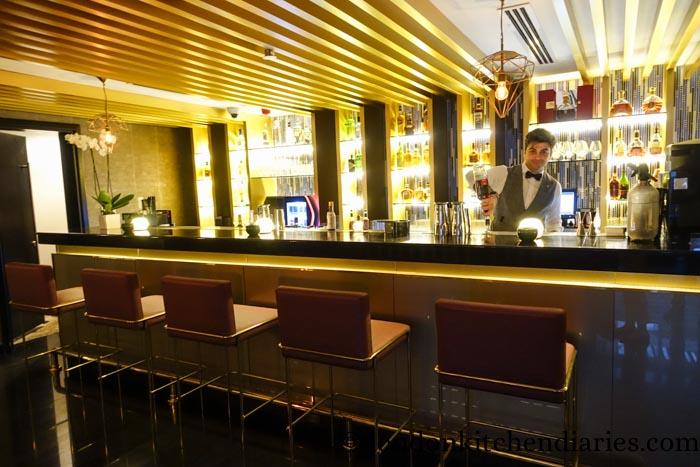 W Doha Hotel & Residences Qatar Wahm Bar