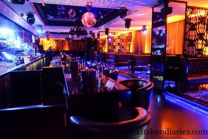 W Doha Hotel & Residences Qatar Crystal Lounge Nightclub