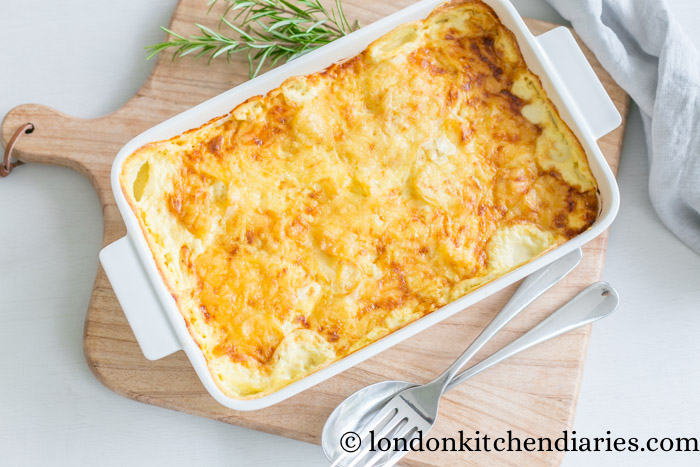 gratin dauphinois with gruyere cheddar cheese topping london kitchen diaries. Black Bedroom Furniture Sets. Home Design Ideas