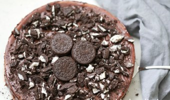 Triple Layered Oreo Nutella Cheesecake