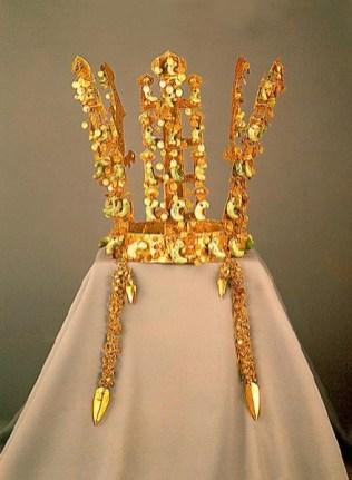 Silla Dynasty Gold Crown