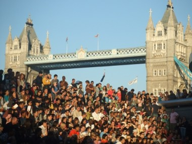 Crowd and bridge