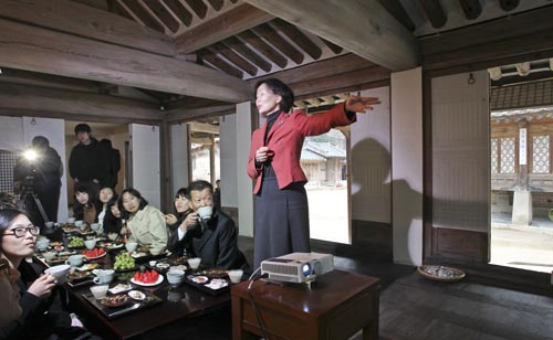 The Seonghyangjae, a room in Changdeok Palace