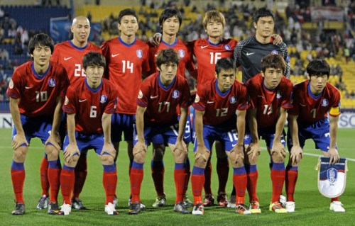 The South Korean team lines up for the 2011 Asian Cup
