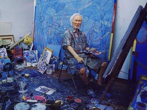 Jeon Hyuck-lim in his studio