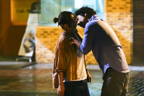 Choi Kang-hee and Lee Seon-gyun in A Petty Romance