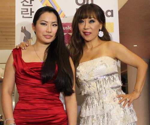 Sarah Chang (left) and Sumi Jo