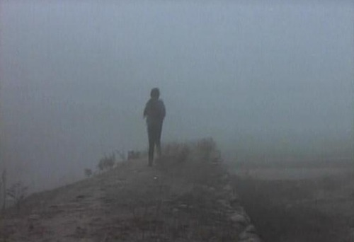 Su-ok's early morning jogs through the mist