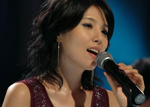 Lee Eun-Ju sings Only When I Sleep